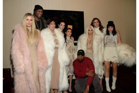 Белая зимняя одежда – что выбрать?